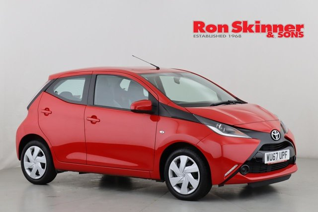 View our 2017 67 TOYOTA AYGO 1.0 VVT-I X-PLAY 5d 69 BHP