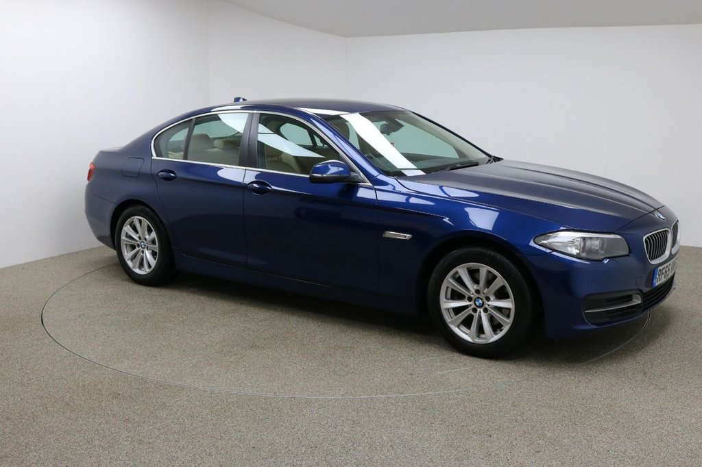 USED 2015 65 BMW 5 SERIES 2.0 520D SE 4d AUTO 188 BHP Finished n a stunning metallic Imperial Blue + 17 inch alloys + Cream leather interior + Sat nav + Bluetooth + DAB Radio + Full BMW Service history + In car entertainment - CD / AUX / USB + Auto Start / stop + Air Con + Dual climate control + Multi Function steering wheel + Cruise control + Electric Mirrors + Electric windows + Front / Rear parking sensors + Automatic Lights / Wipers + Heated front seats + 1 owner from new + £20 road tax
