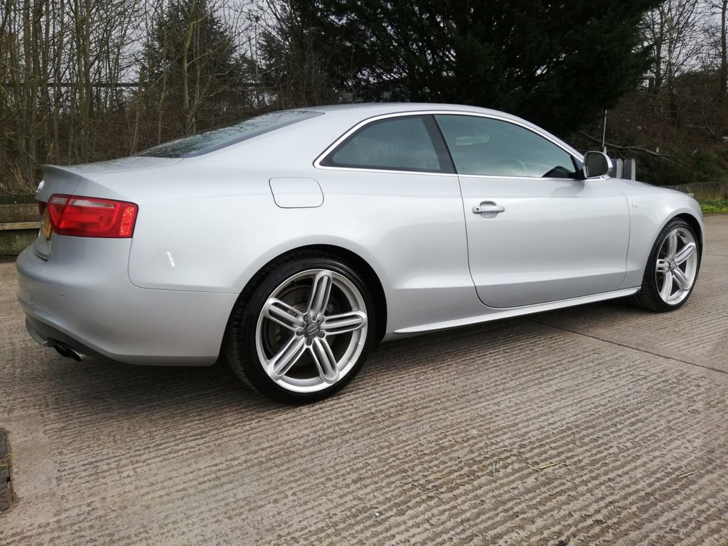 USED 2008 08 AUDI A5 4.2 S5 V8 QUATTRO 2d 354 BHP RED LEATHER INTERIOR