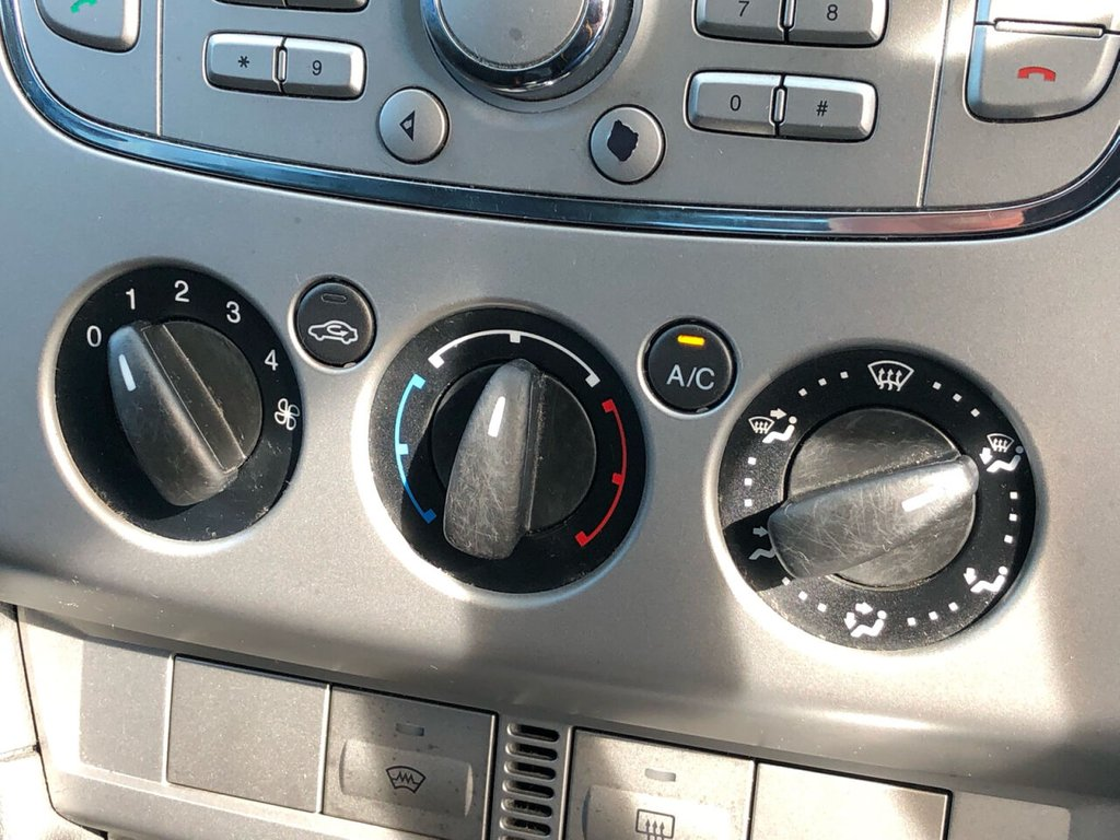 USED 2009 59 FORD FOCUS 1.8 ZETEC S TDCI 5d 114 BHP