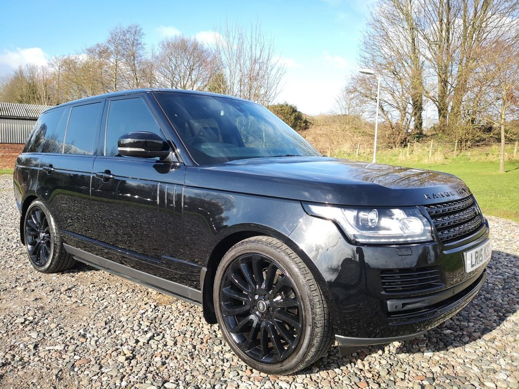 USED 2015 15 LAND ROVER RANGE ROVER 3.0 TDV6 VOGUE 5d 255 BHP