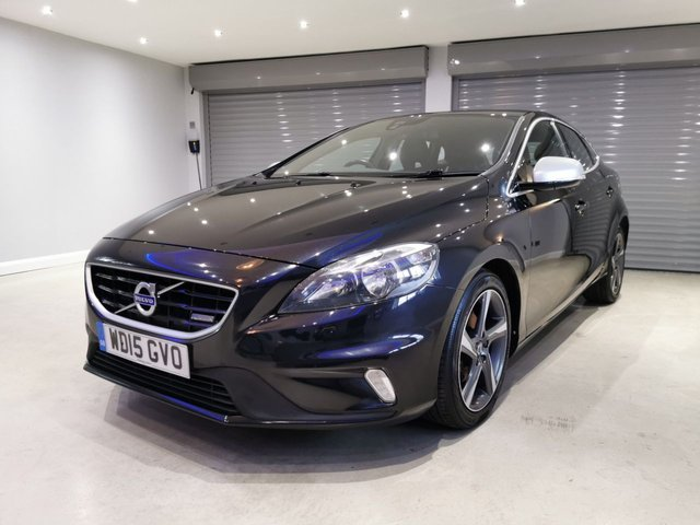 USED 2015 15 VOLVO V40 1.6 D2 R-DESIGN 5d 113 BHP FREE ROAD TAX + OVER 83 MPG