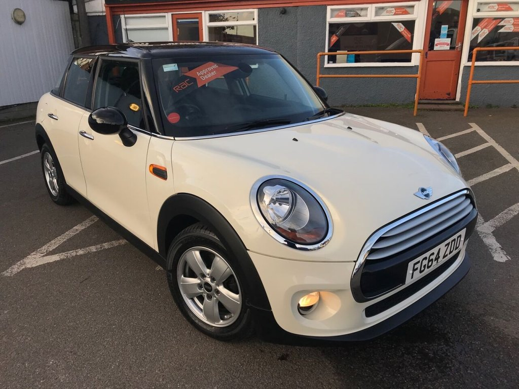 USED 2014 64 MINI HATCH 1.5L COOPER 5d 134 BHP RAC APPROVED ONLY 15000 MILES!
