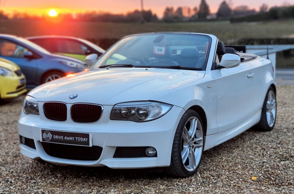 USED 2012 12 BMW 1 SERIES 2.0 120D M SPORT 2d 175 BHP WELL LOVED SPORTS CAR. FINISHED IN THE BEST COLOUR AND WITH FULL LEATHER TRIM