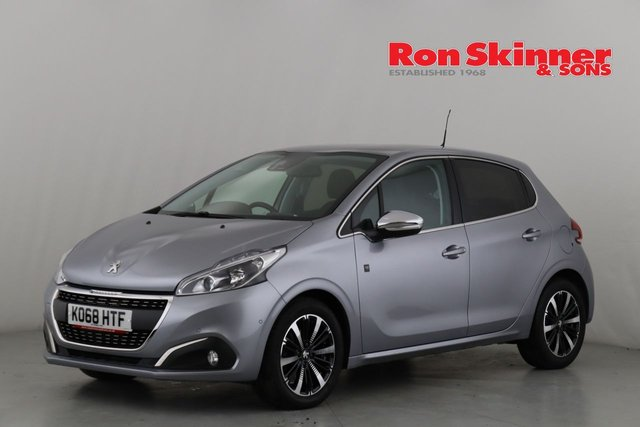 PEUGEOT 208 at Ron Skinner and Sons