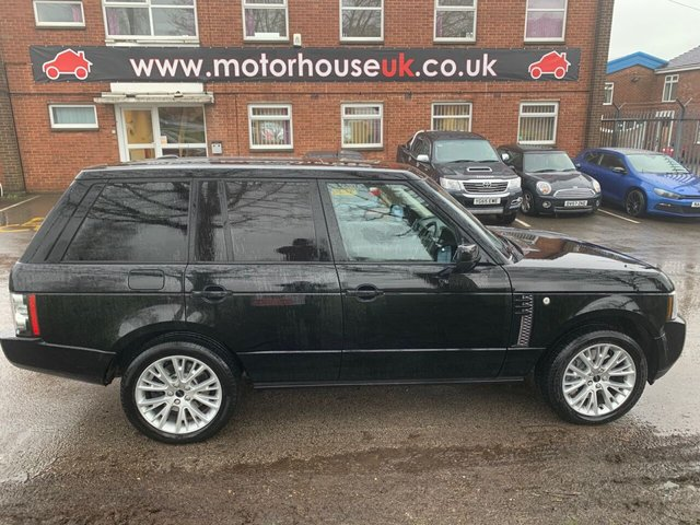 USED 2012 12 LAND ROVER RANGE ROVER 4.4 TDV8 WESTMINSTER 5d 313 BHP EXCELLENT EXAMPLE WITH SERVICE HISTORY, PANORAMIC ROOF, ALLOY WHEELS, PARK SENSORS, HEATED WINDSCREEN, HEATED LEATHER SEATS, RADIO/CD/AUX/USB, CRUISE CONTROL, CLIMATE CONTROL