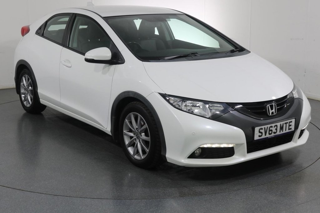 USED 2013 63 HONDA CIVIC 1.8 I-VTEC EX 5d 140 BHP SAT NAV I HEATED LEATHER