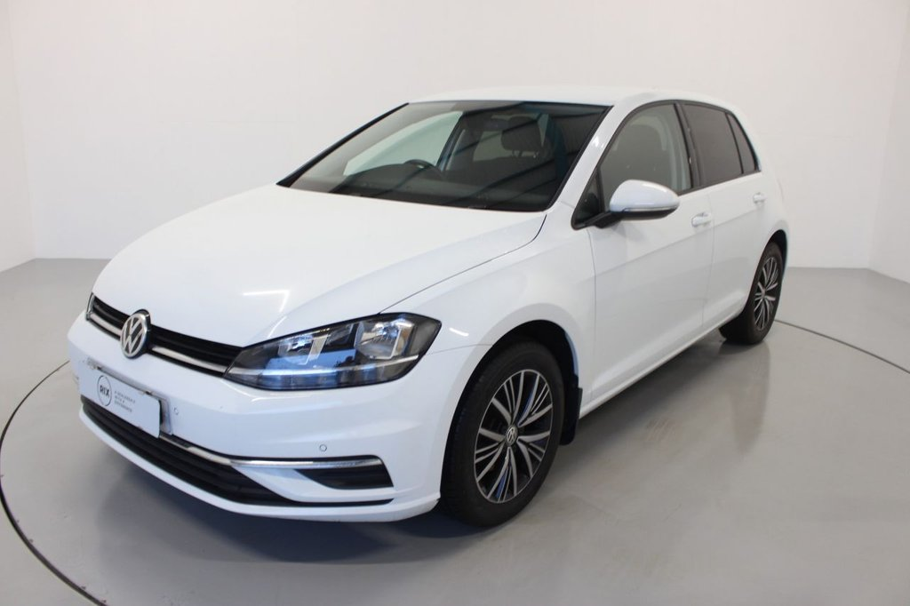 USED 2018 68 VOLKSWAGEN GOLF 1.0 SE TSI 5d-1 OWNER-BLUETOOTH-DAB RADIO-PARKING SENSORS, AIR CONDITIONING-CRUISE CONTROL-MFSW