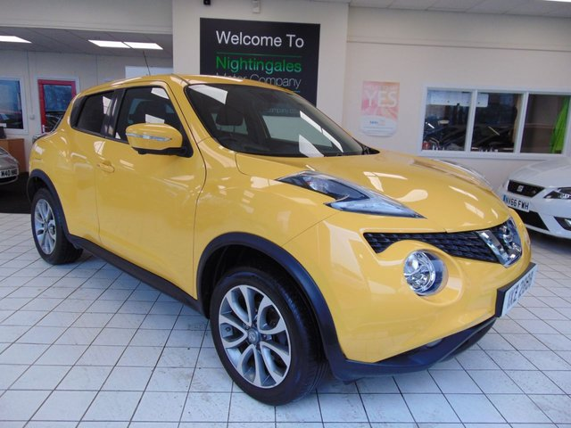 "USED 2015 NISSAN JUKE 1.5 TEKNA DCI 5d 110 BHP SATELLITE NAVIGATION + BLUETOOTH + REVERSING CAMERA + SERVICE HISTORY + OCTOBER MOT + LOW CAR TAX + REMOTE CENTRAL LOCKING + ELECTRIC WINDOWS + ALLOYS + 5.8"" TOUCHSCREEN + CRUISE CONTROL + CLIMATE CONTROL + ALLOYS"