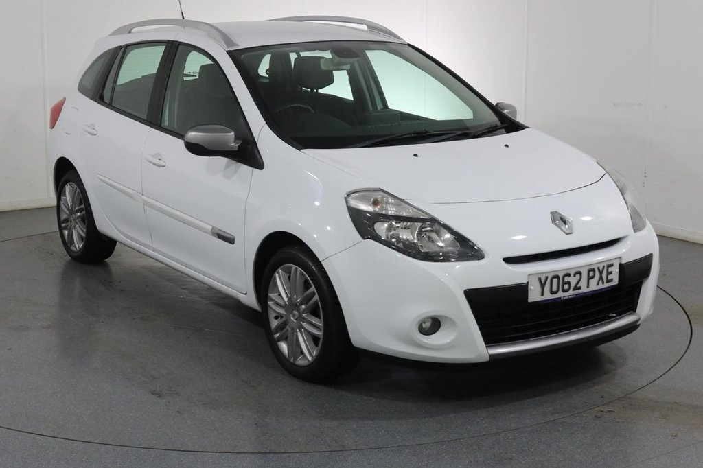 USED 2012 62 RENAULT CLIO 1.5 DYNAMIQUE TOMTOM DCI ESTATE 5d 88 BHP 2 OWNERS with 4 Stamp SERVICE HISTORY