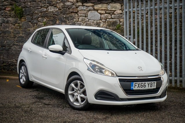 USED 2016 66 PEUGEOT 208 1.6 BLUE HDI S/S ACTIVE 5d 75 BHP
