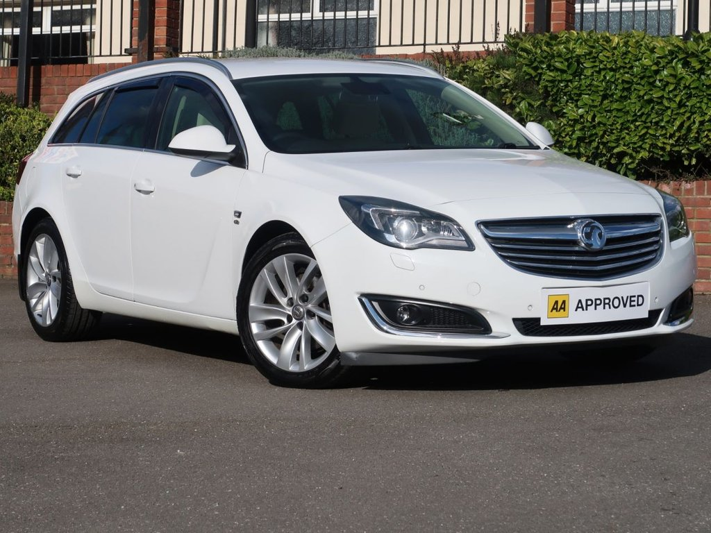 USED 2014 14 VAUXHALL INSIGNIA 2.0 CDTI ecoFLEX ELITE NAV ESTATE VERY LOW MILES SAT NAV LEATHER