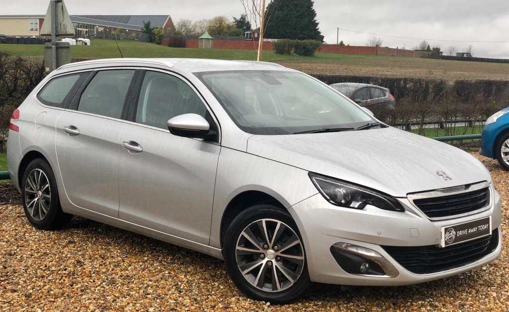 USED 2015 65 PEUGEOT 308 1.6 BLUE HDI S/S SW ALLURE 5d 120 BHP ***SUPPLIED BY US! LOW RUNNING COST ESTATE CAR***
