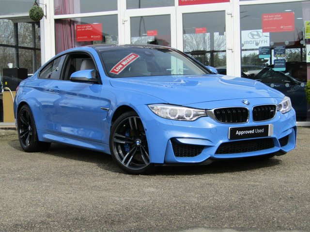 USED 2017 66 BMW M4 3.0 M4 2d 426 BHP Finished in YAS MARINA BLUE METALLIC with contrasting HEATED ELECTRIC MERINO SILVERSTONE LEATHER TRIM. This car is for those who appreciate performance with prestige looks. This very quick 6 cylinder Bi Turbo car punches out 426BHP whipping it to 60mph in around 4.1 seconds. But the biggest attraction is its colour and spec. Features include Head Up Display, Sat Nav, Harman Kardon Sound, Carbon Fibre, Surround View cameras, Merino Silverstone Leather, Xenon Lights and much more. Dealer Serviced.
