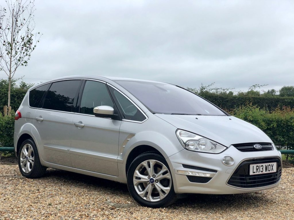 USED 2013 13 FORD S-MAX 2.0 TITANIUM TDCI 5d 161 BHP ***FULL MAIN DEALER SERVICE HISTORY 7 SEATER***