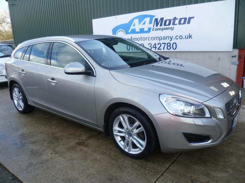 USED 2012 12 VOLVO V60 2.4 D5 SE Lux Nav Geartronic 5dr 115 + REVIEWS YOU CAN TRUST!!