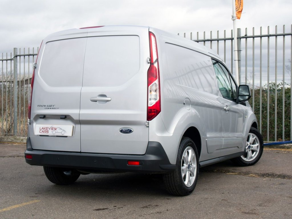 USED 2015 65 FORD TRANSIT CONNECT 1.6 200 LIMITED P/V 114 BHP