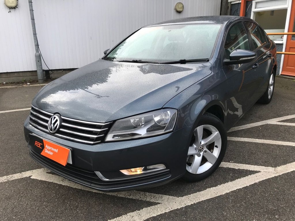 USED 2012 12 VOLKSWAGEN PASSAT 2.0 S TDI BLUEMOTION TECHNOLOGY DSG 4d 139 BHP ONLY ONE FORMER KEEPER !!
