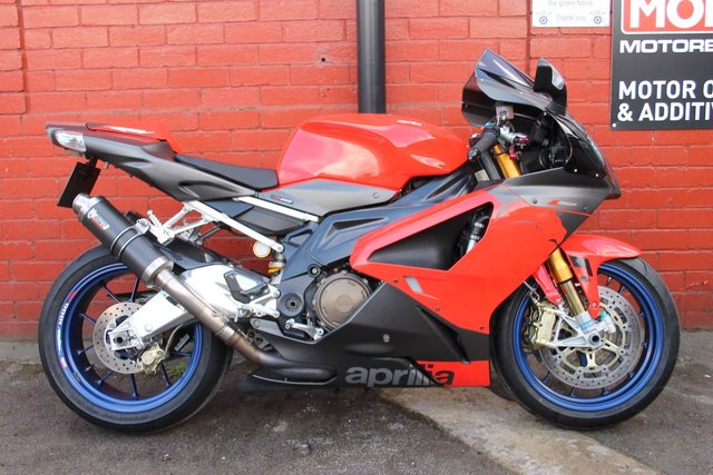 USED 2006 06 APRILIA RSV1000 R A Beautiful Motorcycle, Thats Looks and Sounds Awesome.