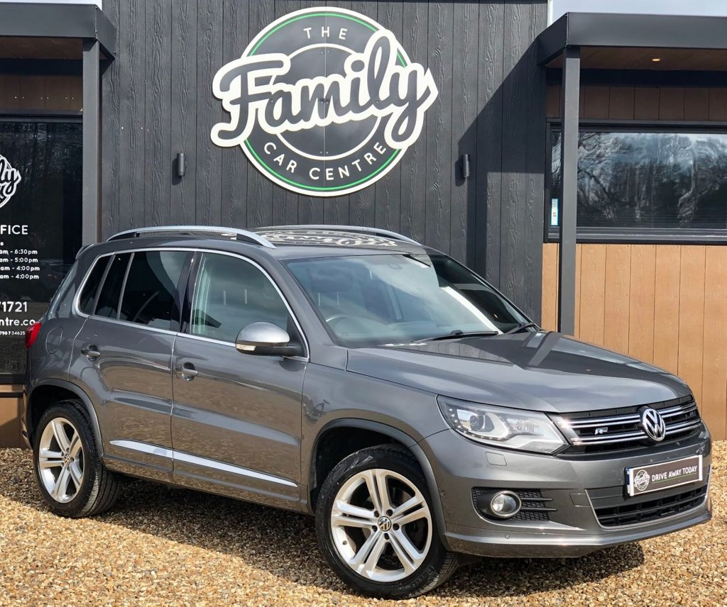 USED 2013 13 VOLKSWAGEN TIGUAN 2.0 R LINE TDI BLUEMOTION TECHNOLOGY 4MOTION 5d 175 BHP GREAT CAR WITH FULL HISTORY