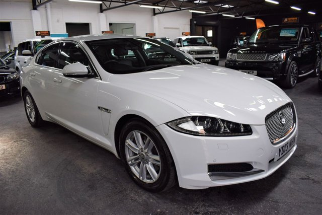USED 2013 13 JAGUAR XF 2.2 D LUXURY 4d 200 BHP AUTO  LOVELY CONDITION THROUGHOUT - LOW MILES - S/H TO 62K - LEATHER - SAT NAV - PRIVACY GLASS
