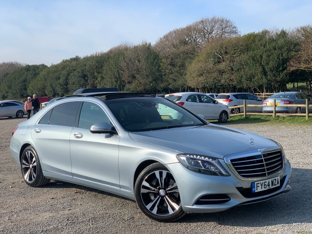 USED 2014 64 MERCEDES-BENZ S CLASS 3.0 S350 BLUETEC L SE LINE 4d 258 BHP FINISHED IN DIAMOND SILVER, FULL BLACK EBONY LEATHER INTERIOR WITH EUCALYPTUS WOOD TRIM, UPGRADED 18 INCH TWIN SPOKE DIAMOND CUT WHEELS, ONE FORMER KEEPER, GLASS PANARAMIC ROOF, 360 SURROUND VIEW CAMERA PACK, REAR AUTO CLIMATE CONTROL 4 ZONE, LUXURY FRONT HEADREST, 3 STAGE HEATED FRONT SEATS,  HEATED REAR SEATS, HIGH BEAM ASSIST, AMBIENT LIGHTING, SOFT CLOSE DOORS, NAVIGATION, BLUETOOTH HANDSFREE AND STREAM,