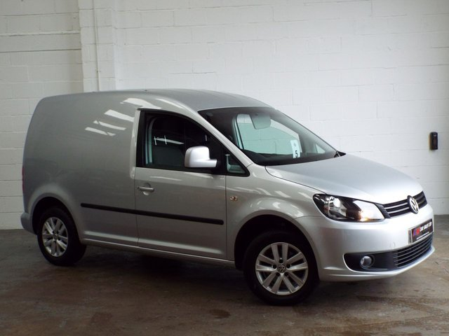 2015 15 VOLKSWAGEN CADDY 1.6 C20 PLUS TDI HIGHLINE 101 BHP SAT NAV AIR CON  LOW MILES TIMING BELT WATER PUMP DONE SOLD TO MAT FROM MACCLESFIELD