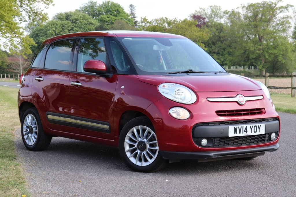 USED 2014 14 FIAT 500L 1.6 MULTIJET LOUNGE 5d 105 BHP Panoramic Roof + Parking Aid + Cruise