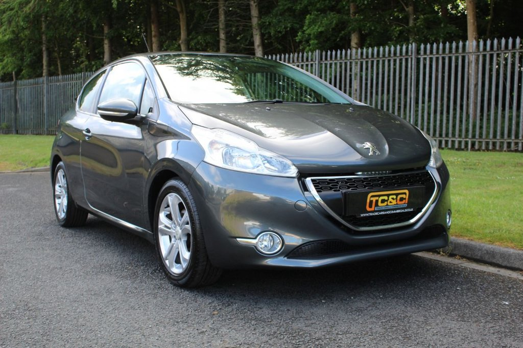 USED 2013 13 PEUGEOT 208 1.4 ACTIVE 3d 95 BHP A CLEAN LOW MILEAGE 208 WITH A COMPREHENSIVE SERVICE HISTORY!!!
