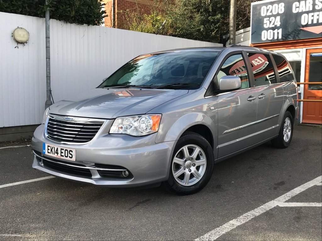 USED 2014 14 CHRYSLER GRAND VOYAGER 2.8 CRD SR 5d 178 BHP