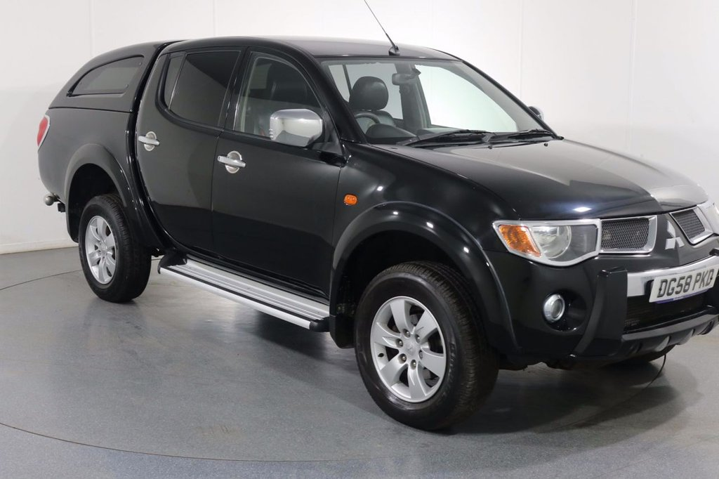 USED 2008 M MITSUBISHI L200 2.5 4WD RAGING BULL DCB 134 BHP 2 OWNERS with 9 Stamp SERVICE HISTORY