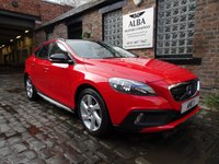 2014 VOLVO V40 2.0 D3 CROSS COUNTRY SE NAV 5d 148 BHP £9795.00