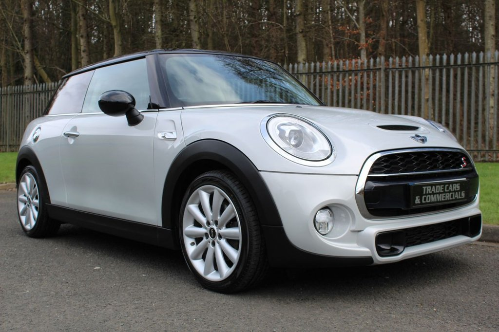 USED 2017 17 MINI HATCH COOPER 2.0 COOPER SD 3d 168 BHP A LOW OWNER MINI WITH MEDIA XL AND CHILI II PACK WITH A COMPREHENSIVE SERVICE HISTORY!!!