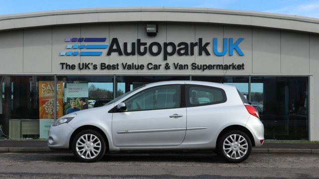 USED 2010 60 RENAULT CLIO 1.5 DYNAMIQUE TOMTOM DCI 3d 86 BHP LOW DEPOSIT OR NO DEPOSIT FINANCE AVAILABLE