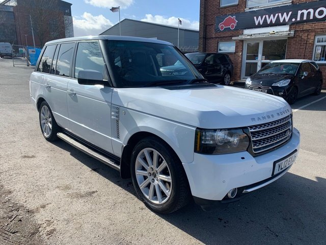 USED 2012 12 LAND ROVER RANGE ROVER 4.4 TDV8 WESTMINSTER 5d 313 BHP DIESEL EXCELLENT EXAMPLE FOR AGE AND MILEAGE, COMES WITH ALLOY WHEELS, PARK SENSORS, PANORAMIC ROOF, HEATED WINDSCREEN, HEATED LEATHER SEATS, RADIO/CD/AUX/USB, CRUISE CONTROL, CLIMATE CONTROL, SATELLITE NAVIGATION