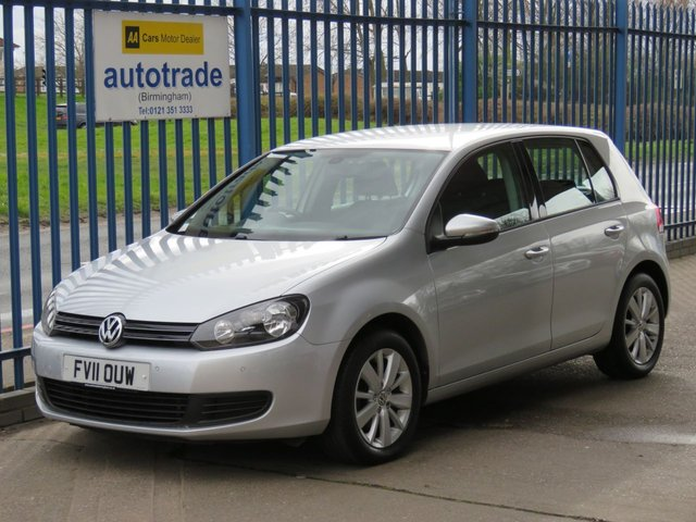 USED 2011 11 VOLKSWAGEN GOLF 1.6 MATCH TDI DSG 5d 103 BHP. Automatic, Front and Rear Parking Sensors AUTOMATIC, Front and Rear Parking Sensors, Bluetooth