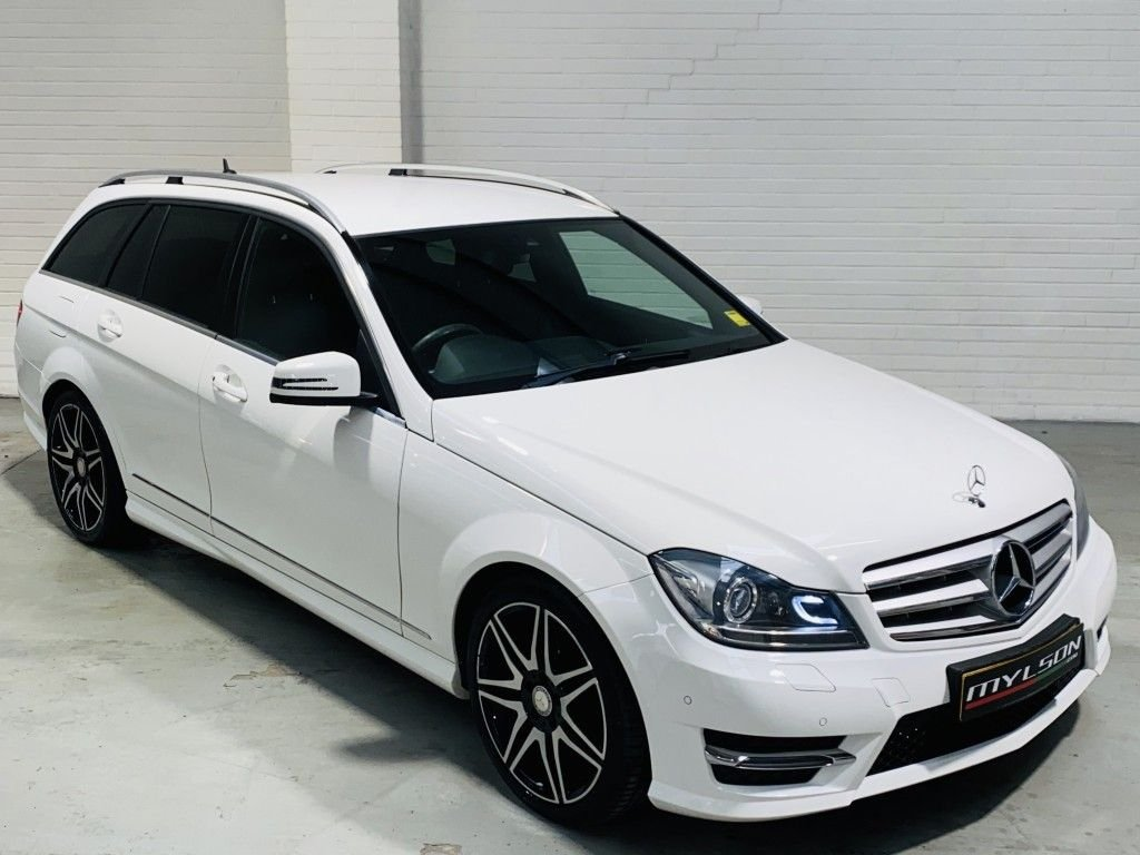 USED 2013 63 MERCEDES-BENZ C-CLASS 2.1 C250 CDI BLUEEFFICIENCY AMG SPORT PLUS 5DR AUTOMATIC AMG Sport Plus, White with Black Leather, Red Stitching, Heated Seats