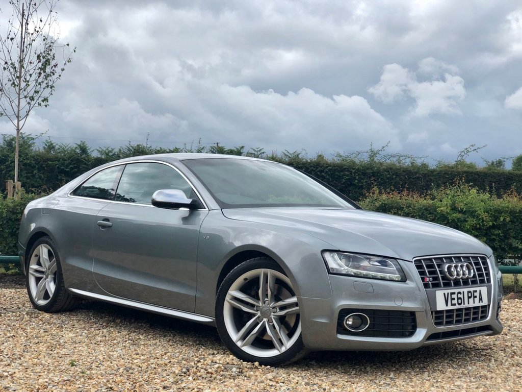 USED 2011 61 AUDI A5 4.2 S5 FSI QUATTRO 2d 354 BHP THIS CAR IS IN SUBLIME CONDITION WITH GREAT SERVICE HISTORY - RARE CAR AT AN INCREDIBLE PRICE!