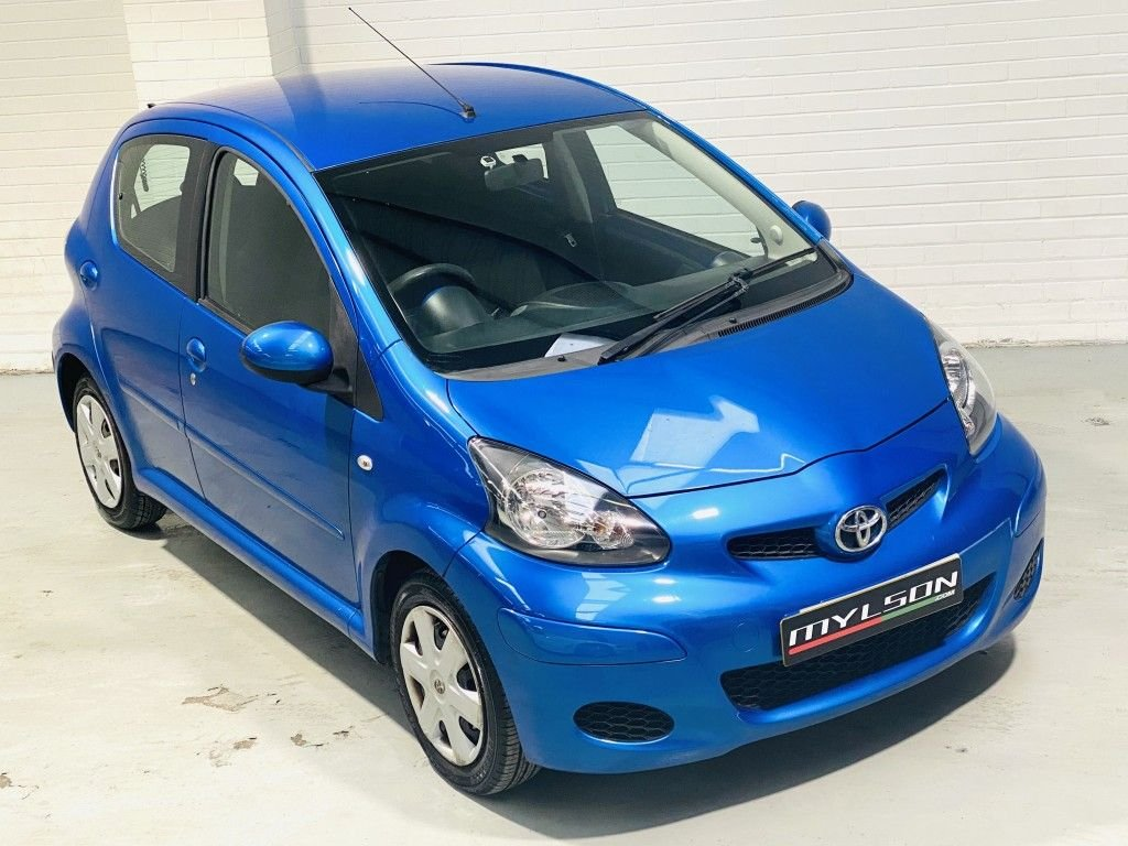 USED 2009 09 TOYOTA AYGO 1.0 BLUE VVT-I 5DR TOYOTA AYGO 1.0 , 1 OWNER FROM NEW, LOW TAX / INSURANCE