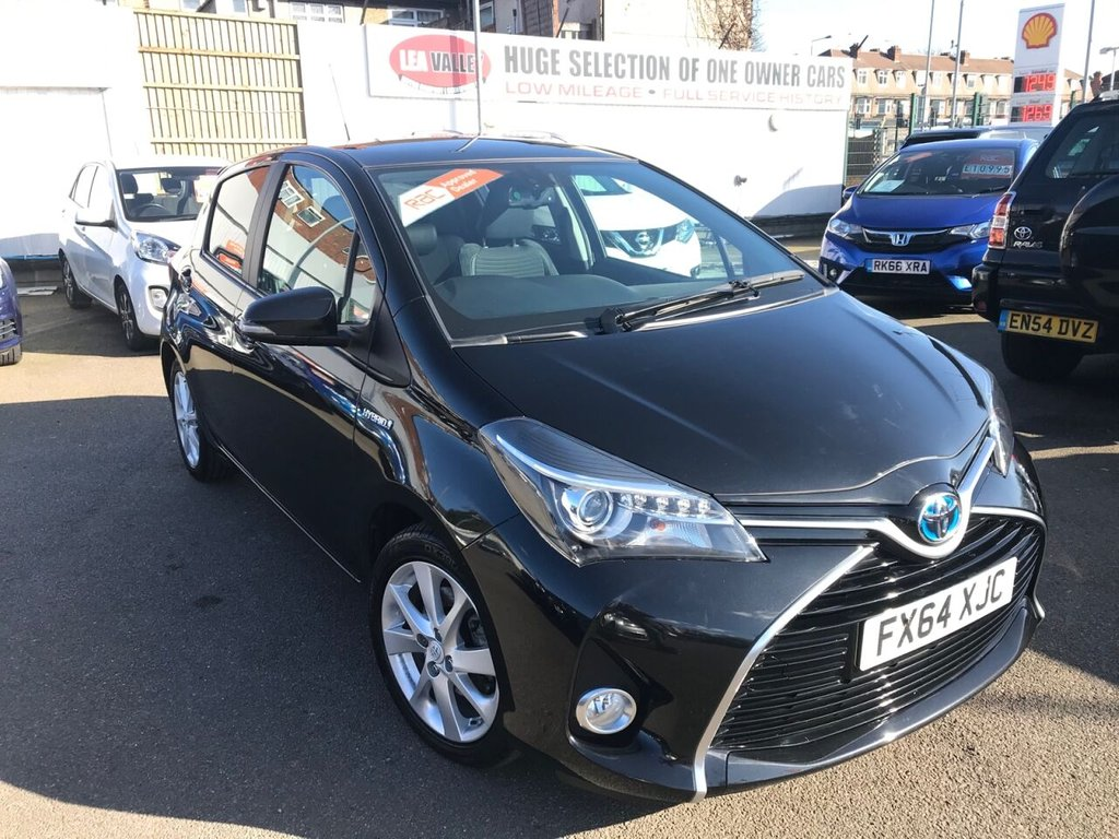 USED 2014 64 TOYOTA YARIS 1.5L HYBRID EXCEL 5d 73 BHP HYBRID AUTO ONLY 30000 MILES!!