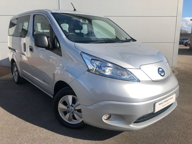 View our NISSAN eNV200