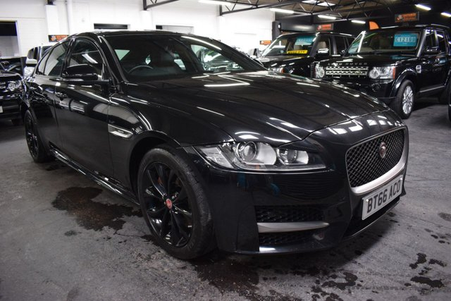 USED 2016 66 JAGUAR XF 2.0 R-SPORT 4d 177 BHP AUTO  LOVELY CONDITION XF R-SPORT 180 AUTO - RED LEATHER - SAT NAV - PRIVACY GLASS - HEATED SEATS - GLOSS BLACK ALLOYS