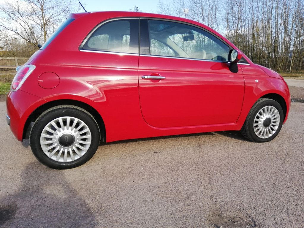 USED 2010 10 FIAT 500 1.2 LOUNGE 3d 69 BHP p/x welcome