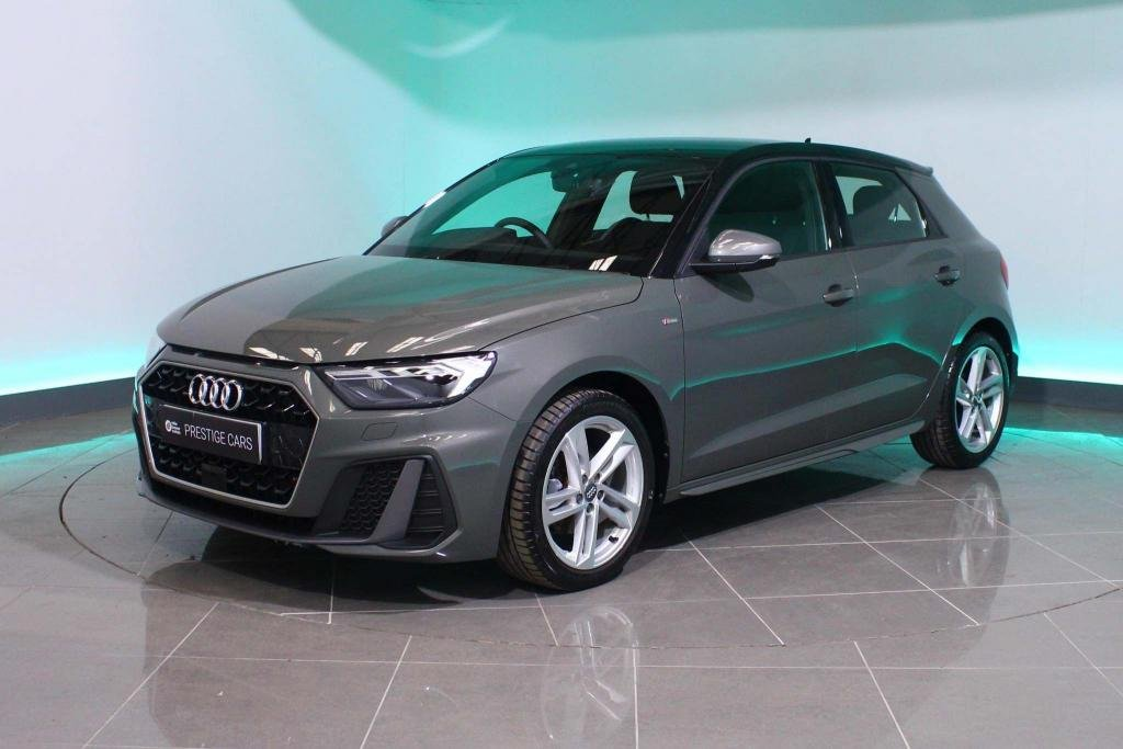 USED 2019 19 AUDI A1 1.5 TFSI 35 S line Sportback S Tronic (s/s) 5dr BLUETOOTH CONTRAST BLACK ROOF