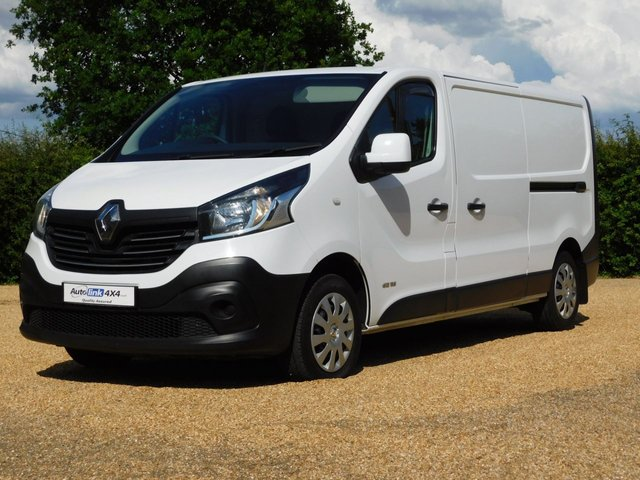 USED 2015 15 RENAULT TRAFIC 1.6 LL29 BUSINESS DCI S/R P/V 115 BHP 2-Owners+E/Windows+Ply Lining