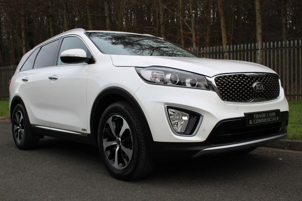 USED 2015 15 KIA SORENTO 2.2 CRDI KX-2 ISG 5d 197 BHP A LOW OWNER, HIGH SPEC EXAMPLE WITH KIA HISTORY AND DEALER WARRANTY!!!