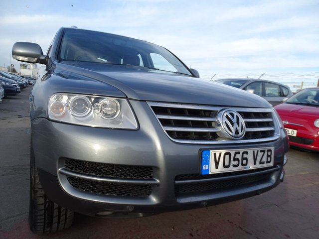 USED 2006 56 VOLKSWAGEN TOUAREG 3.0 V6 TDI SE 5d 221 BHP AUTOMATIC CLEAN