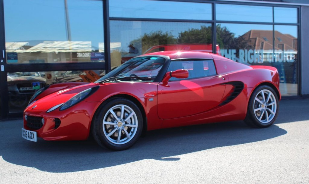 USED 2005 05 LOTUS ELISE 1.8 111S 2d 158 BHP Fantastic Specification Ardemt Red Lotus Elise 111S, Complete with removable Colour coded hard top, soft top also comes with the vehicle, Air Conditioning, Black Leather Seats, Remote Central Locking, Electric Windows, CD Player, 1 Lady Owner from New, 2 Keys, Full Service History - 13 Services.