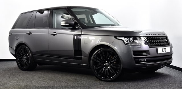 "USED 2016 16 LAND ROVER RANGE ROVER 4.4 SD V8 Vogue Auto 4WD (s/s) 5dr Pan Roof, Black Pack, 22""s ++"