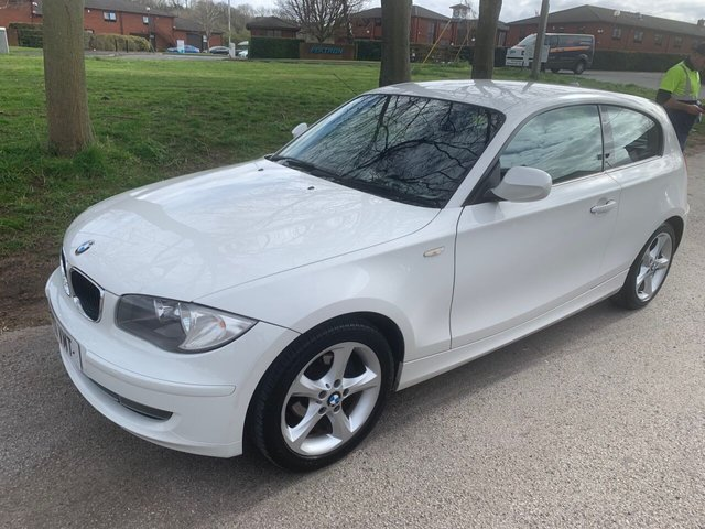 USED 2011 11 BMW 1 SERIES 2.0 116I SPORT 3d 121 BHP EXCELLENT EXAMPLE FOR AGE AND MILEAGE, COMES WITH ALLOY WHEELS, RADIO/CD/AUX/USB, CRUISE CONTROL, CLIMATE CONTROL, AIR CONDITIONING